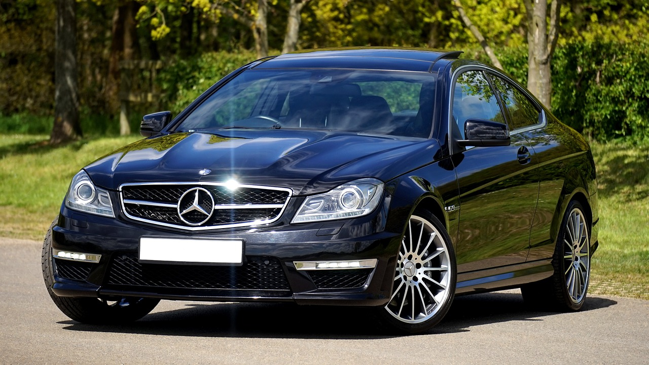 Une Mercedes Benz